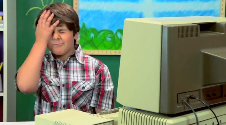 Adorable Little Kids React To An Old Apple II Computer