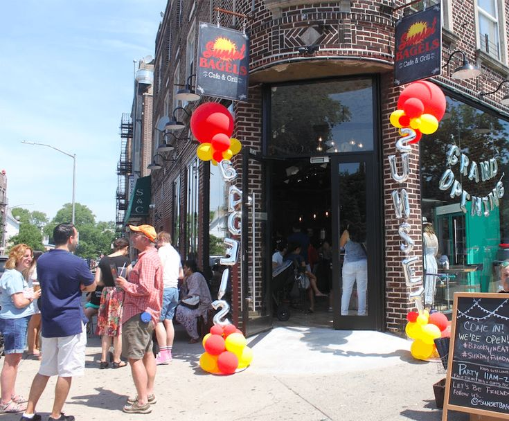 Sunset Bagels Opens In Ditmas Park: It's A 24-Hour Bagel Party!