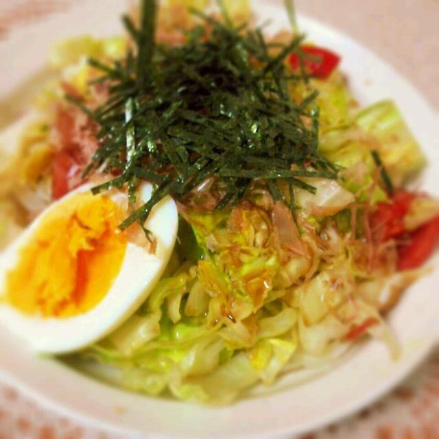 もこみちサマのレシピでサラダうどん(〃'▽'〃)家にある材料で簡単に出来ちゃった(≧∀≦) - 16件のもぐもぐ - サラダうどん by sakezuki