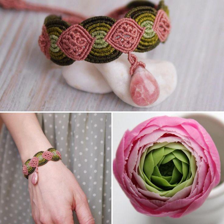 «Вдохновение от природы! Люблю это сочетание цветов! Плетеный браслет с подвеской - родохрозитом в форме капли. Яркий, летний, и красивый - чего уж…»