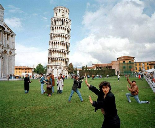I dont know which board to pin this! It's definitely an awesome capture, but I can't stop laughing.: Laughing, Martinparr, Funny Pictures, Power Ranger, Martin Parr, Pisa, Lean Towers, Italy, People