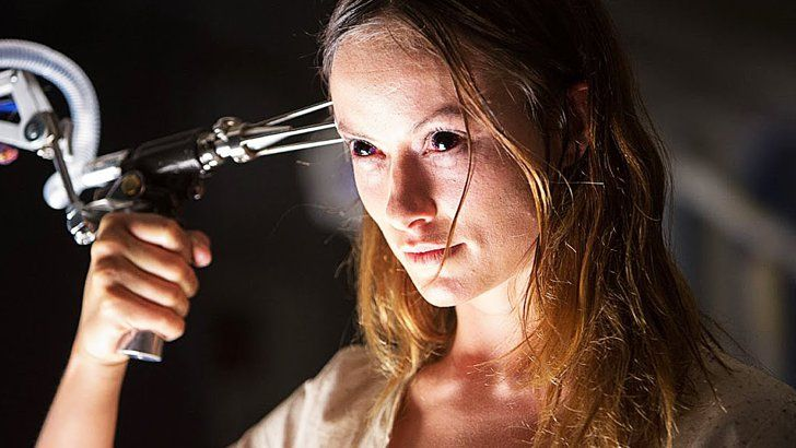 Pin for Later: 18 Popular, Exceptional Horror Movies You Can Stream on Netflix Right Now The Lazarus Effect Olivia Wilde getting brought back from the dead is perfect viewing for a scary movie night.  Watch it now.