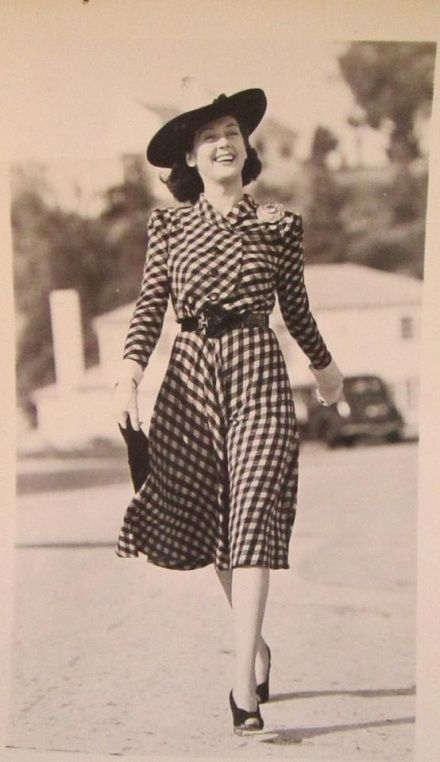 Rosalind Russell 40s movie star plaid black white dress day casual button front belt shoes hat found photo war era WWII glam vintage fashion