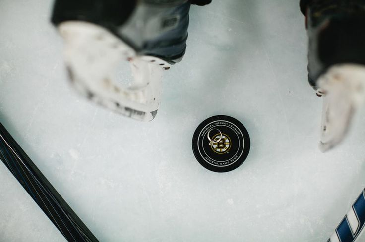 B's Beat: The Bruins Themed Wedding You Wish You Had (PHOTOS) #NHLBruins #Weddings http://boston.sportsthenandnow.com/2013/12/13/bs-beat-bruins-themed-wedding-wish-photos/