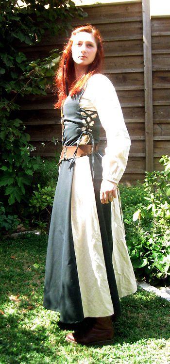 (1) medieval dress   Tumblr