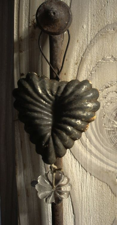 the infamous heart used for a multitude of items The bible speaks of GOD giving us new hearts  Probably the old ones resembled this tin seen above  --- rusty around the edge with much use  shown  --- GOD graciously removes the old and gives us a new heart to  LOVE and follow HIM --- thanking and praising HIM -
