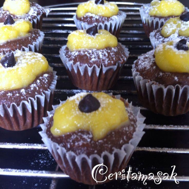 Banana Chocolate Lemon Cupcake |