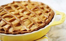 Receita de torta de maçã, que pode ser servida com sorvete de creme. Veja a receita de Rita Lobo, do 'Cozinha Prática'