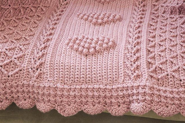 Crochet Aran Hearts Throw | Crochet afgans | Pinterest ...