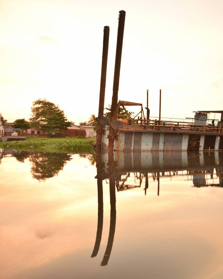 Curvas  #SinFiltros #Barranquilla #COLOMBIA #atlantico #nikon_photography #nikon #ig_colombia #ig_latinoamerica #ig_latinoamerica_ #igworldclub #photographer #colombiainsider #colombiagrafia #igersbarranquilla  #igerscolombia #idColombia  #ig_barranquilla_ #ig_barranquilla #ig_masterpiece #ig_captures #ig_all_americas #framework #igworldclub_creative  #instagramersofthemonth_January #igworldclub_sunset