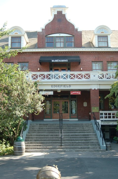 McMenamins Edgefield in Troutdale, Oregon  This is one of my favorite places on earth. :)