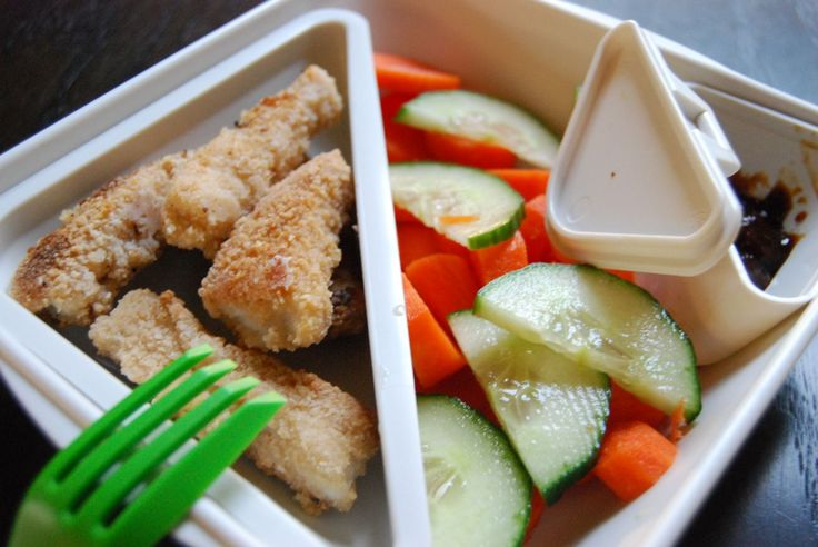 Easy Gluten Free lunchbox ideas for school.    via http://gfreemom.com/
