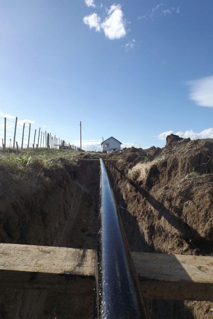 Empalme de gas con nuestros domos geodesicos en la patagonia chilena. Visitanos en www.refugiofossil.cl