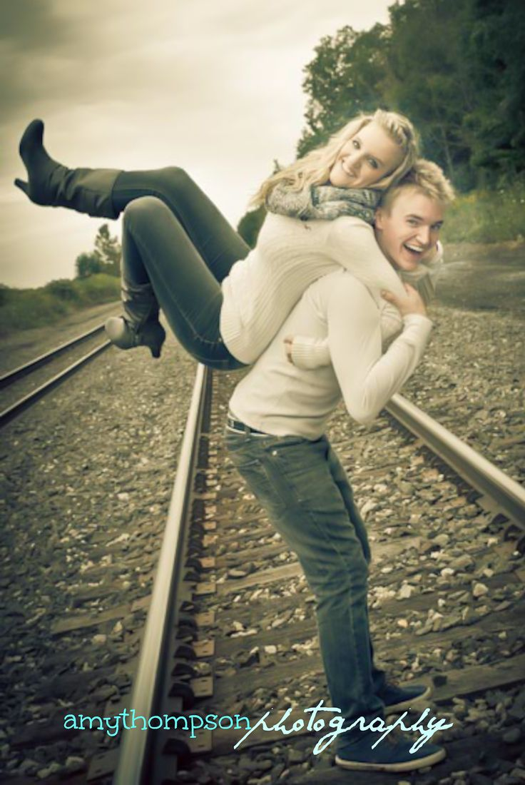 Twins, Brother and Sister, Outdoor Photography, Railroad Tracks, Twins Senior Pictures, ideas, poses, Best Friend Portraits, Amy Thompson Photography
