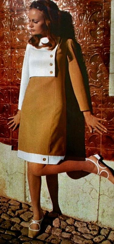 Magdorable!: Bi-color dresses by Pierre Billet, Jardin des Modes October 1966