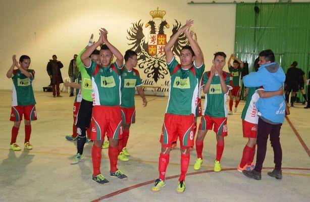 #SanpasBoyacá se aseguró en los 8 finalistas tras golear en la fecha 10 -6 a #DeportivoMeta. #FútbolRevolucionado