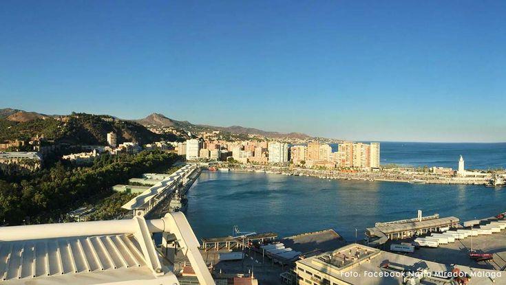 Geen last van hoogtevrees? In deze tijdelijke attractie (reuzenrad tot voorjaar 2016) heb je een geweldig beeld over de stad Málaga.