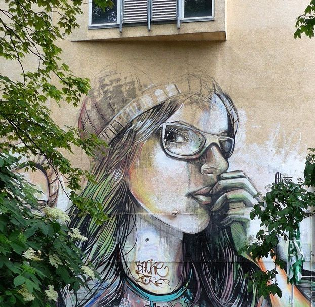 by Alice Pasquini in Berlin (LP)