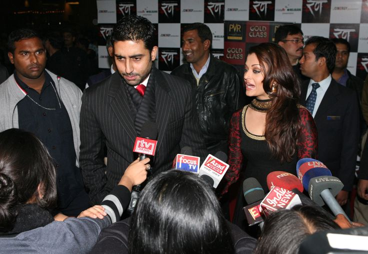 Aishwarya and Abhishek Bachchan premiere Rann 2010