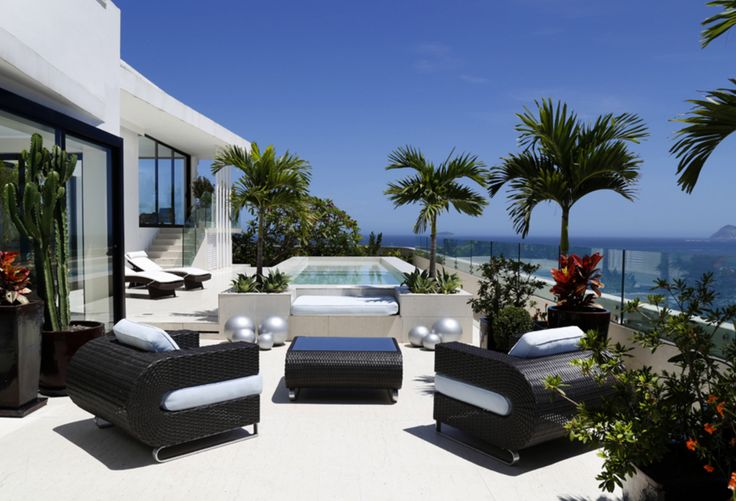 Luxury Travel in Rio de Janeiro Poised for New High Season | The Rio Times | Brazil News  ||  While Rio de Janeiro has certainly suffered setbacks to its image since the Olympics, the travel industry in Brazil sees potential, and a number of outfits remain poised to service the luxury travel sector. http://riotimesonline.com/brazil-news/rio-travel/luxury-travel-in-rio-de-janeiro-poised-for-new-high-season/?utm_campaign=crowdfire&utm_content=crowdfire&utm_medium=social&utm_source=pinterest