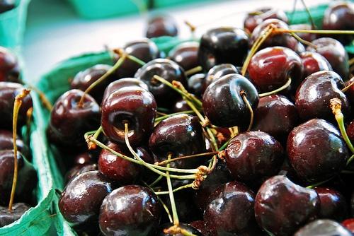 Fresh okanagan cherries.