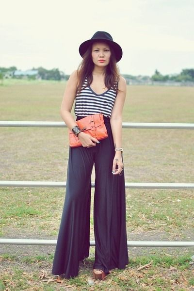 Nautical stripes, wide legged pants + a brim hat = my perfect summer outfit. :)
