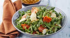 Теплый салат с тыквой и грушами