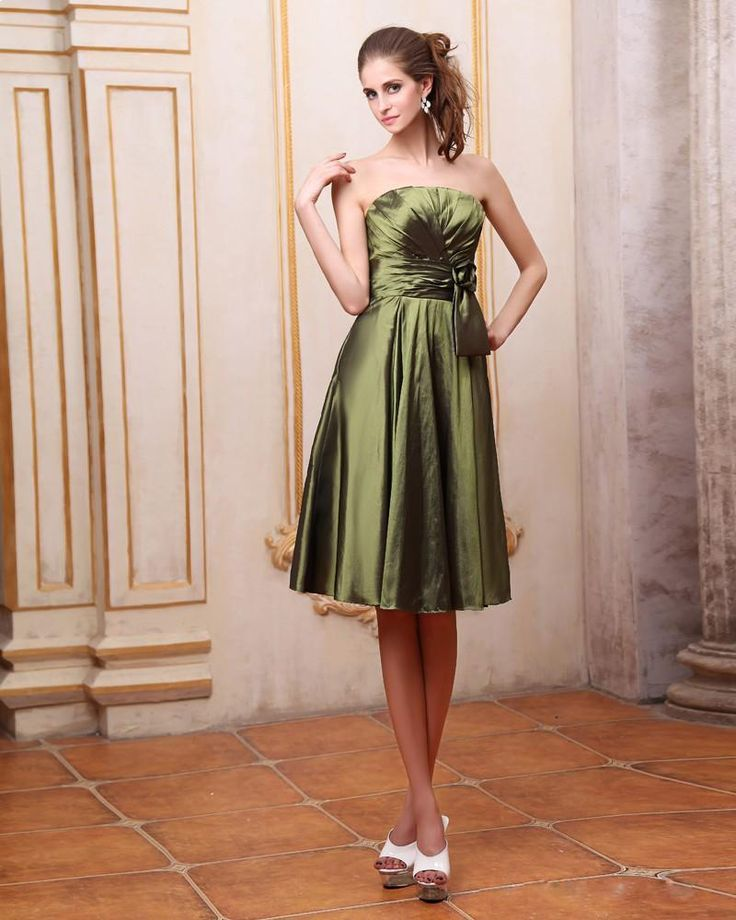 Flower Sash Knee Length Taffeta  Bridesmaid Dress  Read More:     http://www.weddingsred.com/index.php?r=flower-sash-knee-length-taffeta-bridesmaid-dress.html