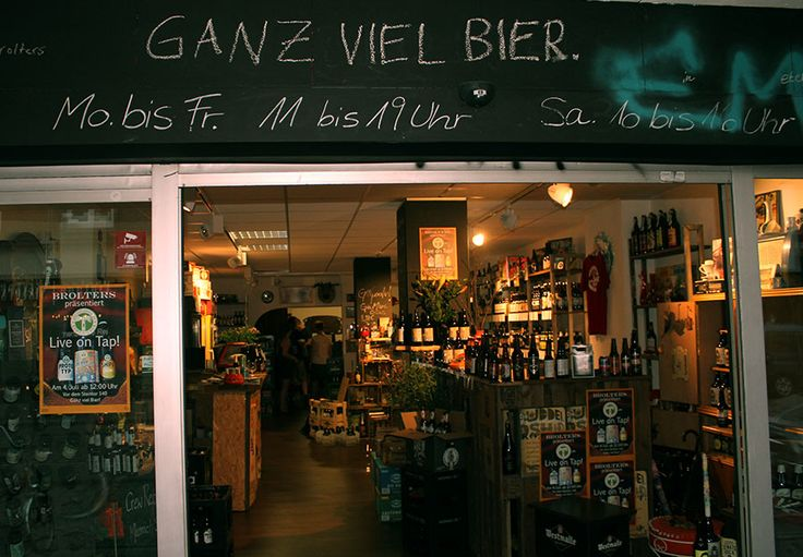 """Nicht nur """"Ganz viel Bier"""", sondern auch ganz viele Details kann man im Laden entdecken. #Brolters #Craft-Bier #craftbeer #Bremen"""