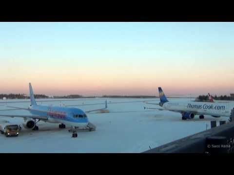 Rovaniemi Airport Christmas Timelapse 2013 - YouTube