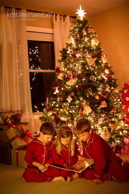 Photo of Children in front of Christmas Tree -  Kathleen Weibel | League City Photographer