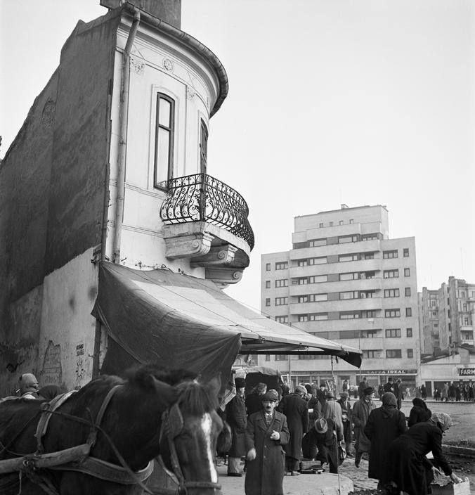 București, 1947  Foto: Werner Bischof/Magnum Photos