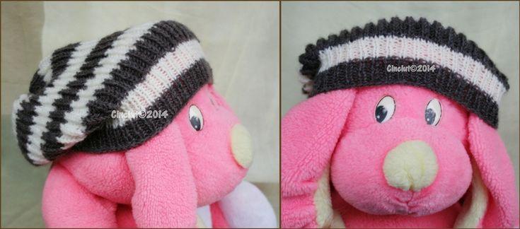 Slouchy stripes hat by Cinciut.deviantart.com on @deviantART