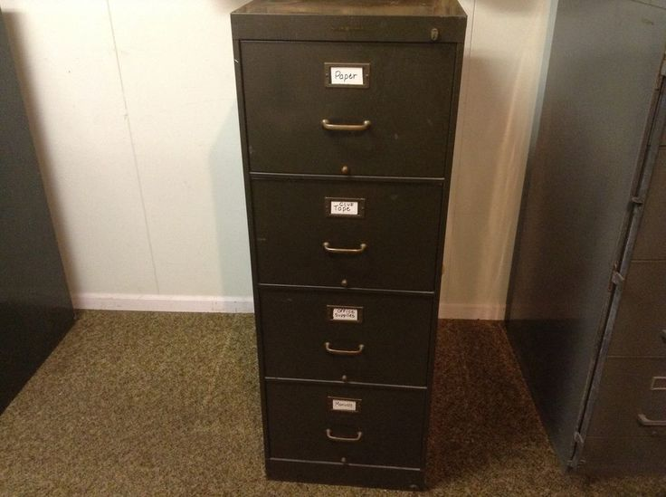 Old Metal 4 Drawer Steel File Cabinet Shaw Walker Army Green No Key