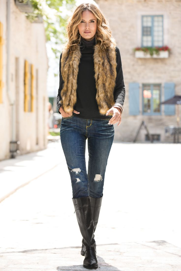 City chic meets casual country when you wear this sensuous faux fur vest. Complete your look with riding boots. WIN a FREE pair of bo… | Cute clothes de 2019 | Pinterest | Colete de inverno, Look inverno e Look colete de pelo