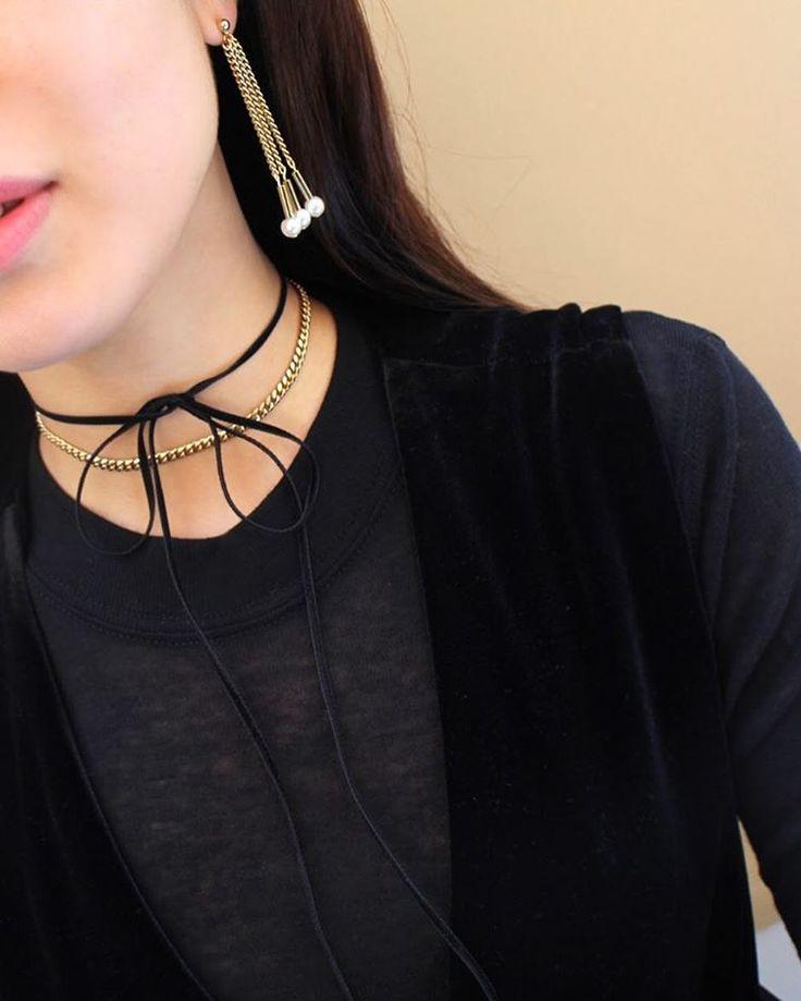 choker / earring jewelry styling THEGOBO
