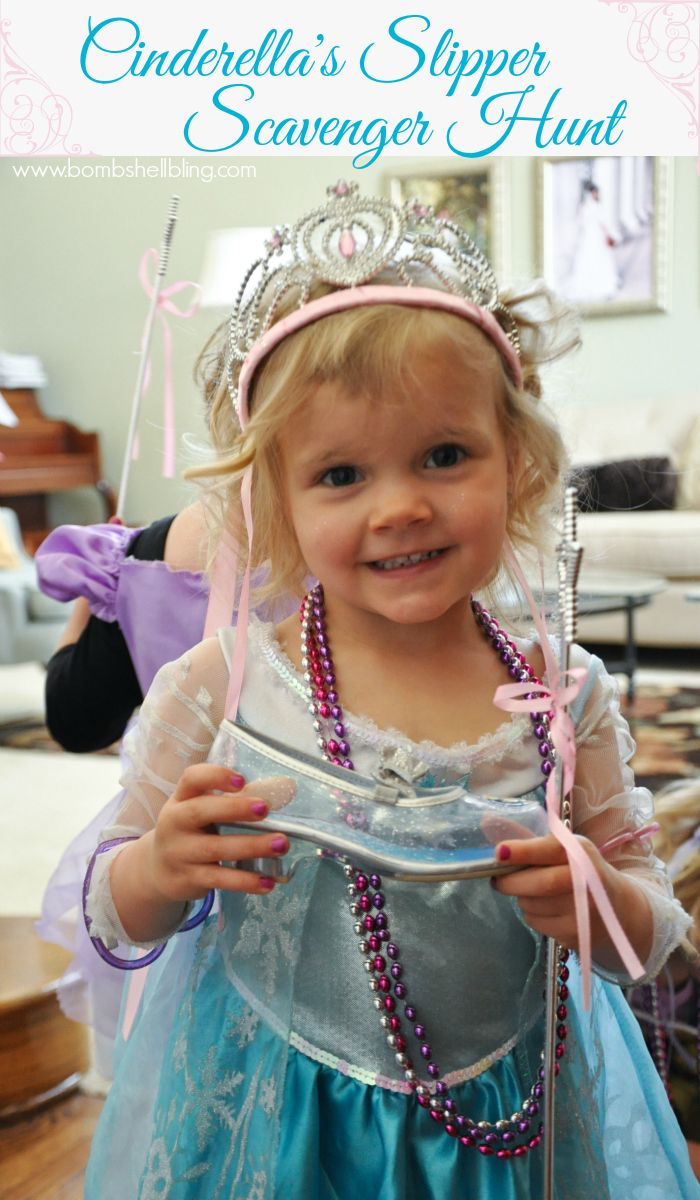 Cinderella's Slipper Scavenger Hunt - Cheap and EASY party game idea! #cinderella #party #disney