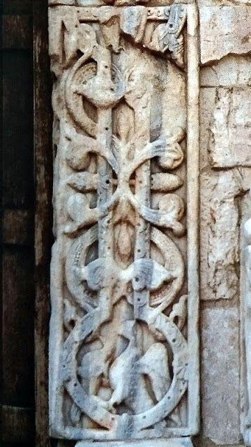 In Vino Veritas: Trani, la città dal cuore di pietra