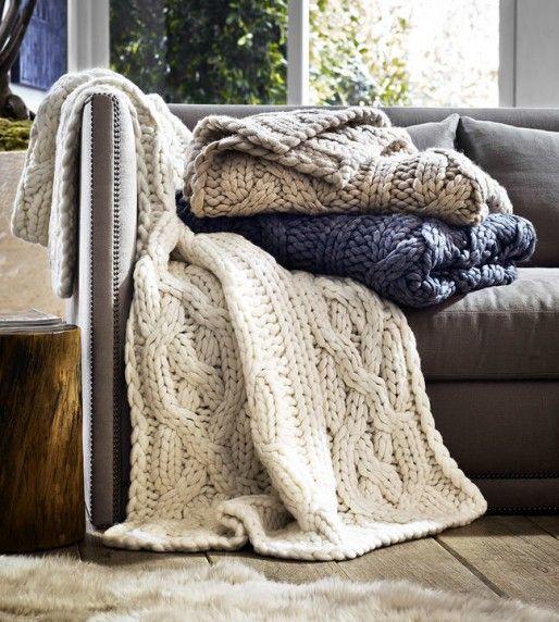 Sticka en filt i tjockt garn till soffan | DIY Mormorsglamour