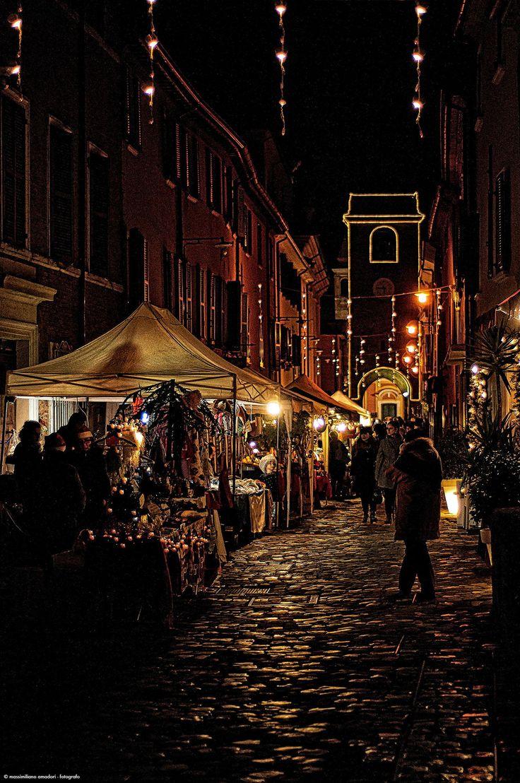 Christmas Street, Italy