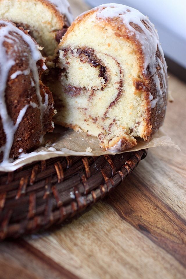 Cinnamon Roll Bundt Cake {mind-over-batter.com}
