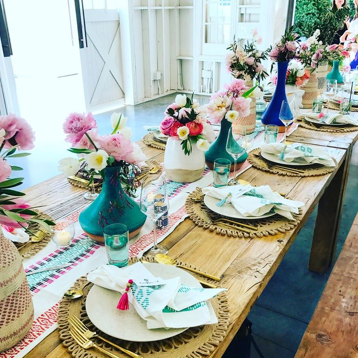 Thanks @targetstyle and @camillestyles for a beautiful brunch!! ✌Loving the tablescape so much and these vases got me like  #targetstyle