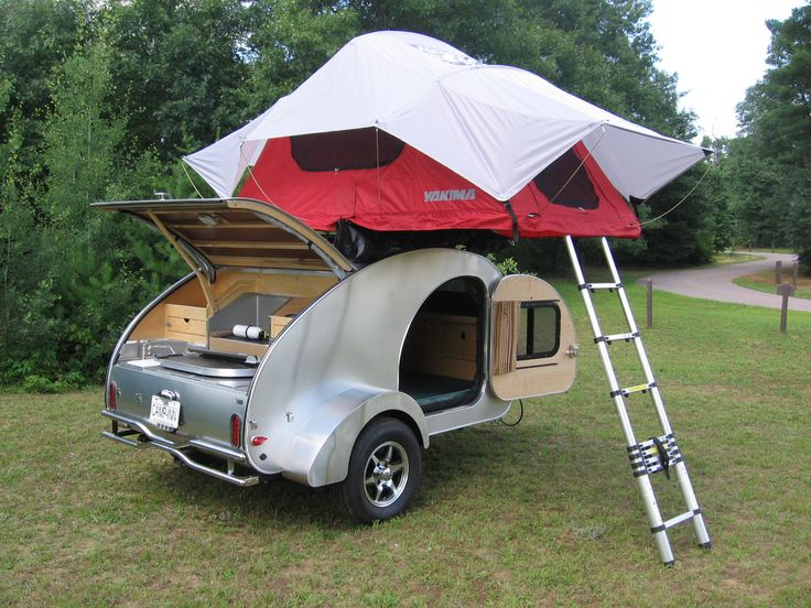 CampInn 550 teardrop with Yakima roof tent Roof tent
