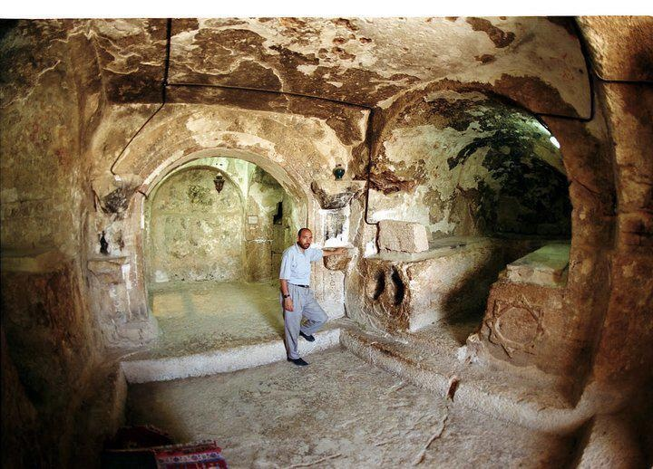 """The Cave of the Seven Sleepers """"The As'hab ul-Kahf"""". This is a picture of the actual cave where its dwellers had sleept for 300 years. SubhanAllah! REPIN & LIKE"""