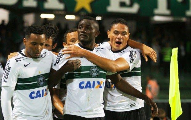 Blog Esportivo do Suíço:  Brasileirão - Série A 2014, 33ª Rodada: - Coritiba vence o Flu e sai da zona de rebaixamento -  Galo vence Verdão e volta ao G-4