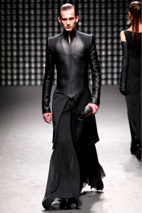 HnaS lovely leather bodice Nothing like chiffon and leather for a man! Gareth Pugh menswear