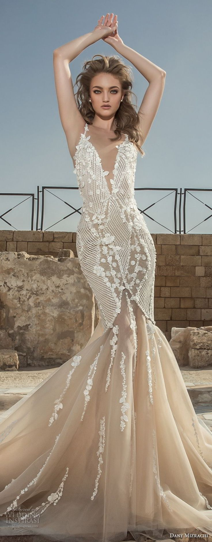 Elegant Cheap Bridal Shop Brilliant Best Selling New Style Champagne Empire Waist Corset Beaded Applique Colored Wedding Dress