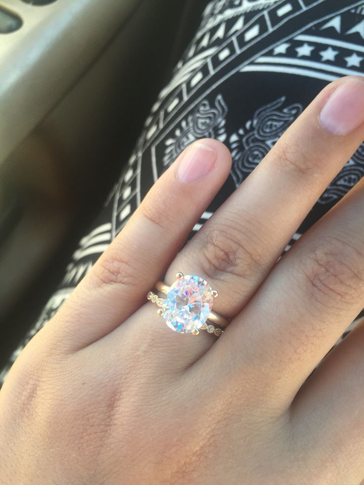 3 Carat Oval Diamond Ring With Vintage Wedding Band Oval