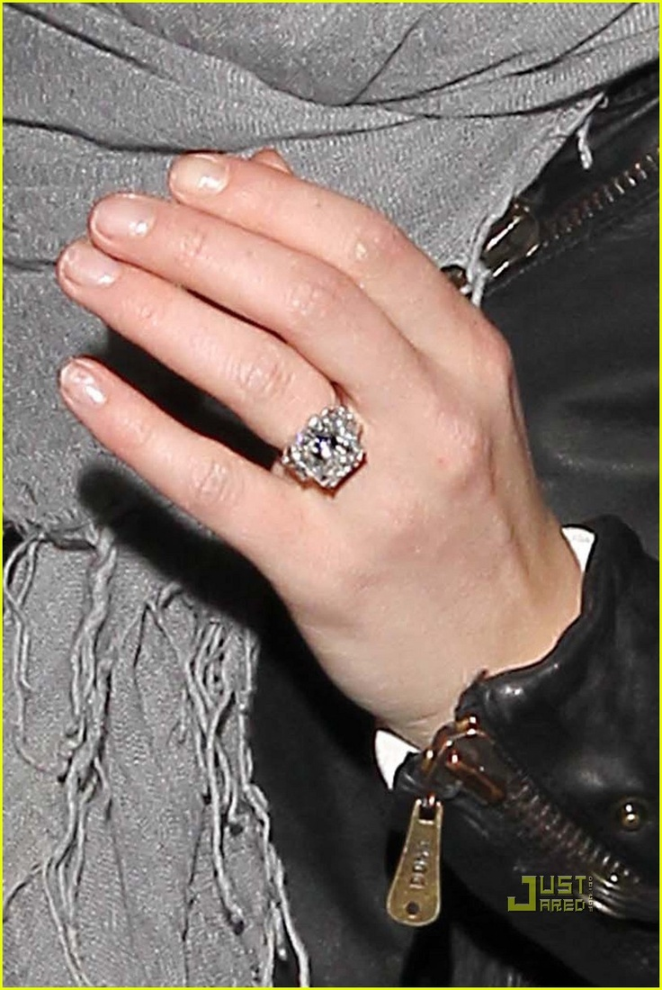 Find This Pin And More On Favorite Celebrity Diamond Rings