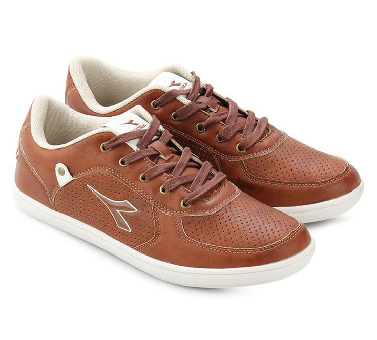 Remo Sneaker Shoes design by Diadora. With synthetic leather, white rubber outsole, brown laces, with diadora logo on tongue pads, and side. This brown shoes will bring your casual look to another level. IDR. 298.000